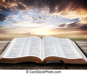 öppen bibel, solnedgång