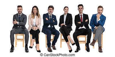 affärsmän, framfusig, le, medan, 6, se, sittande, turstworthy