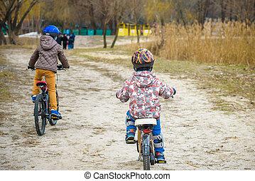 bicycles, parkera, familj