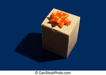 boxas, papp, gåva