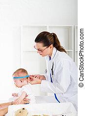 checkup, pediatrisk