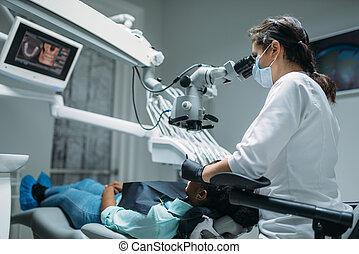 dental, tandläkare, kvinna, märken, kirurgi, klinik