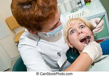 exodontia, tand patient, rädd
