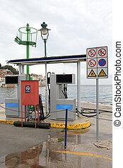 flotta, bensin förlagt