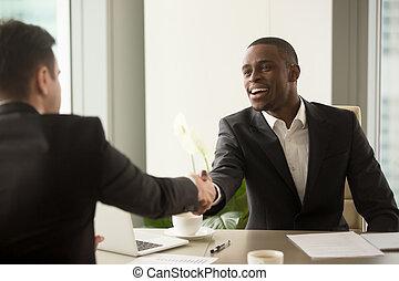 ha, affär, caucasian, attraktiv, partner, afrikansk, affärsman