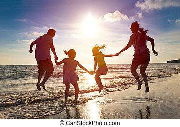 hoppning, strand, tillsammans, familj, lycklig