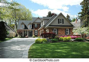 hus, svart, stänger med fönsterluckor