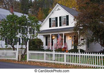 hus, vit piket fäkta