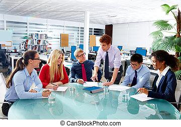 kontor, affärsfolk, styrelse, lag möta