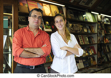 partnern, innehavare, familjebolag, bokhandel, liten