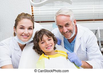 pediatrisk, tandläkare, assistent