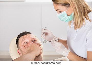 rädd, man, tandläkare, ung