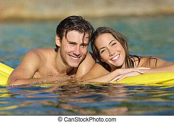sommar, badning, par semester, strand, lycklig