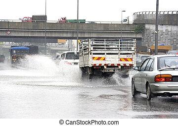 strömmande, regna, trafik
