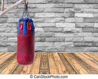 tegelsten, boxning, uppe, hänger lös, bakgrund, trä vägg, golv, nära, suddig