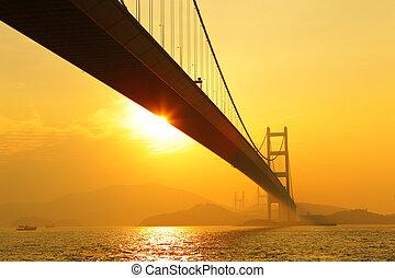 tsing, mamma, solnedgång, bro