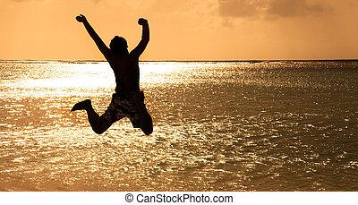 ung, hoppning, solnedgång, lycklig, strand, man