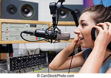 värd, radio, talande, ung