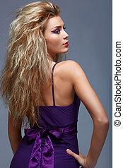 vacker, purpur, kvinna, dress., blond
