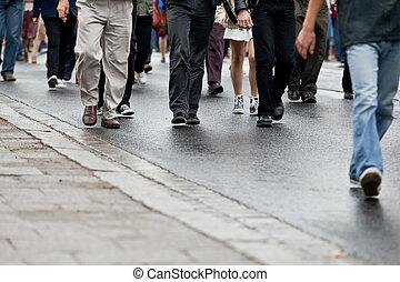 vandrande, grupp, folkmassa, folk, (motion, -, tillsammans, blur)