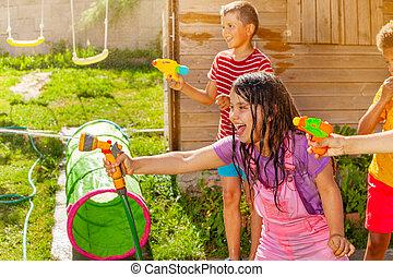 vatten, nöje, lurar, filma, flicka, -, gevär, grupp, sommar