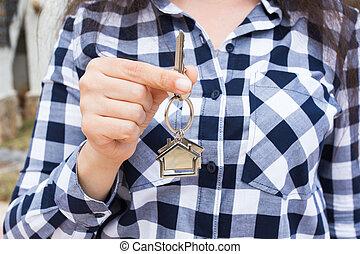 verklig, begrepp, keychain, egendom, format, stämm, hus, -, uppe, ny kvinna, hålla nära, främre del, hem, egenskap